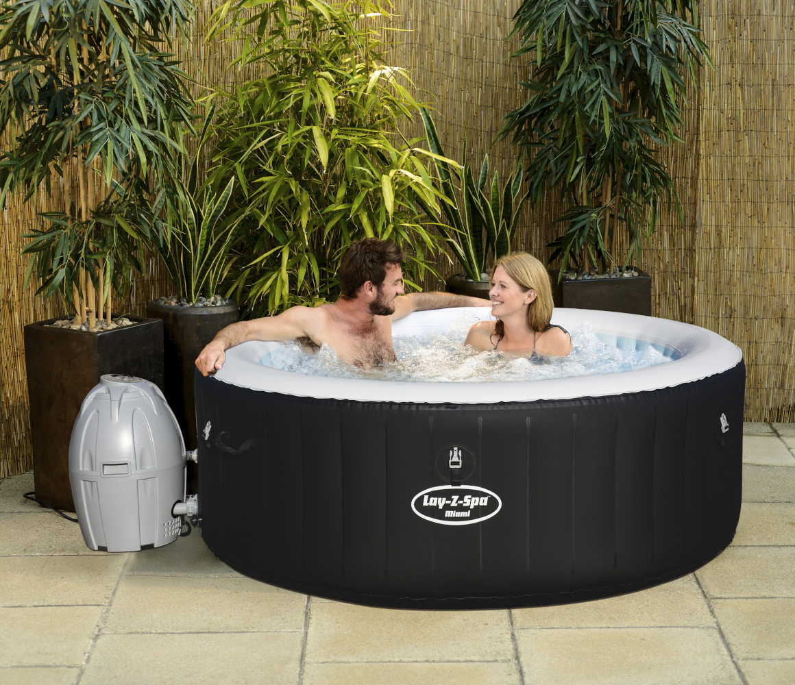 Bestway Lay-Z-Spa MIAMI - As seen on TV - Heated Hot Tub Spa Massage - 61 Jets - 2 to 4 People