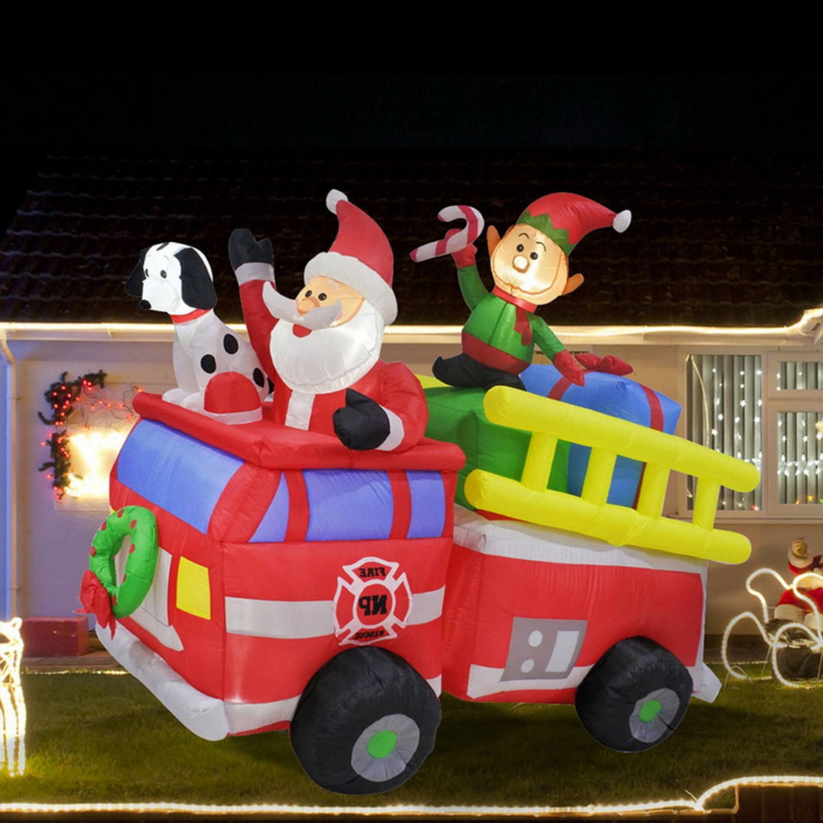 Airpower Santa 'N Friends Fire Engine - Cool White Led