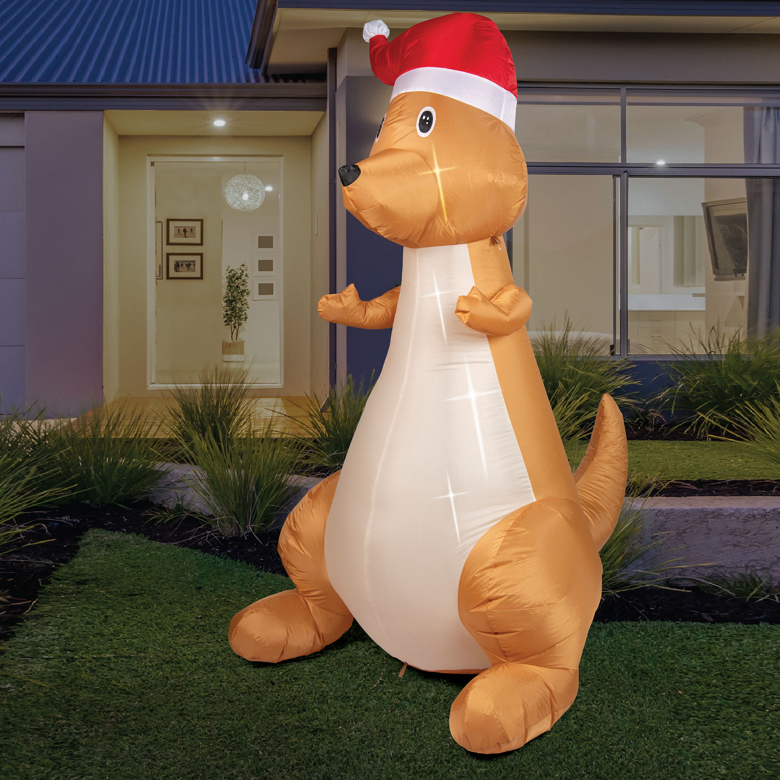 AIRPOWER CHRISTMAS Kangaroo Inflatable Outdoor Decor Lights Up 1.8m Outdoor