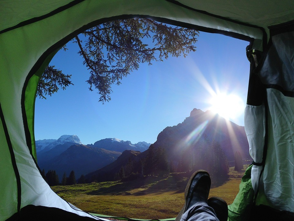 10 Camping Essentials for the best AU Camping Experience