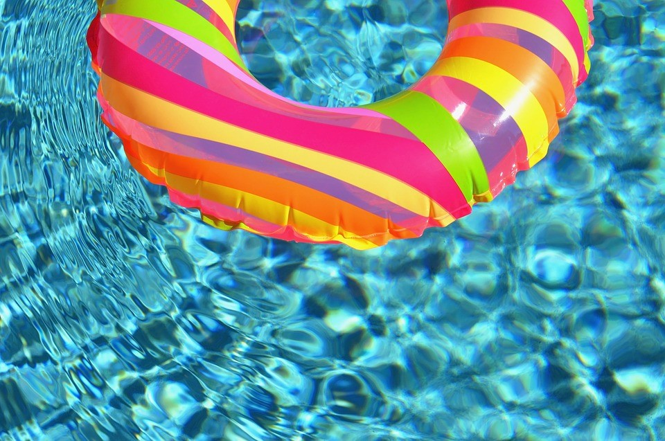 Top 8 Water Treatment Tips for your Above Ground Pool