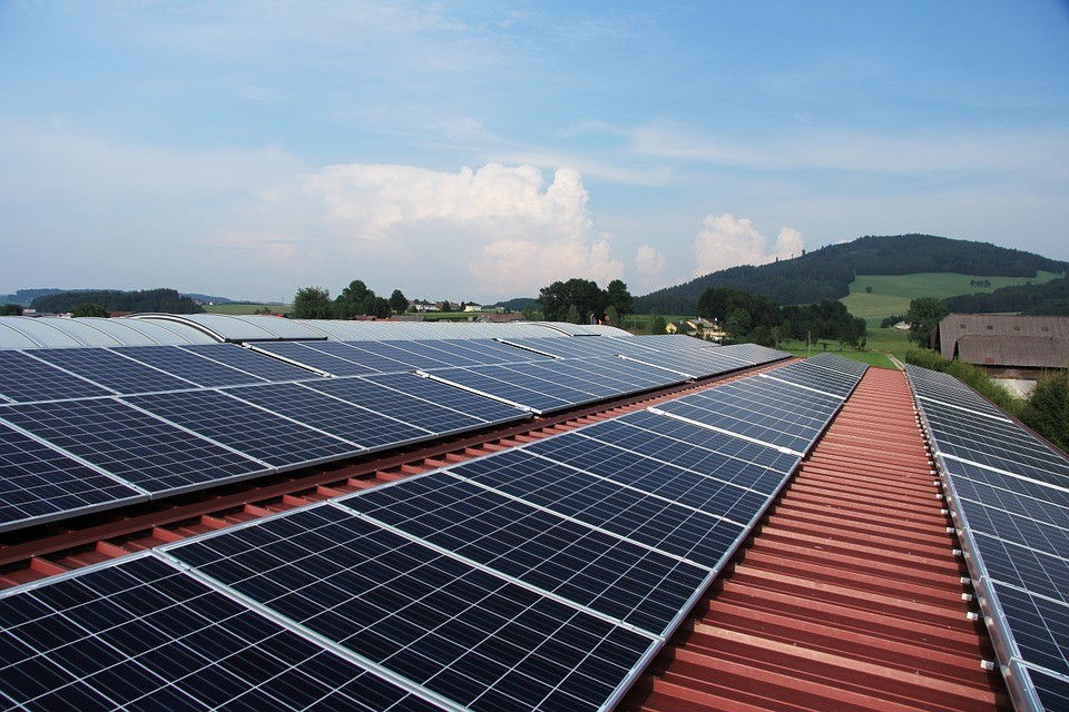 How to Improve the Efficiency of Solar Panels for Camping