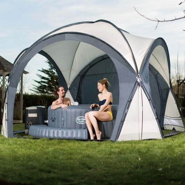 Aussie Glamping with an Inflatable Spa
